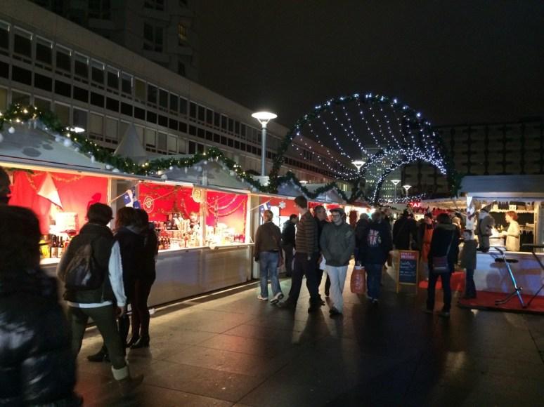 Le Village de Noël de nuit