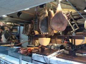 La raclette s'invite au Village de Noël de Rennes pour le plaisir de tous les gourmands