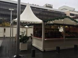 L'incontournable vin chaud fera son retour au Village Noël de Rennes ! De quoi réchauffer vos papilles tout en déambulant dans le marché